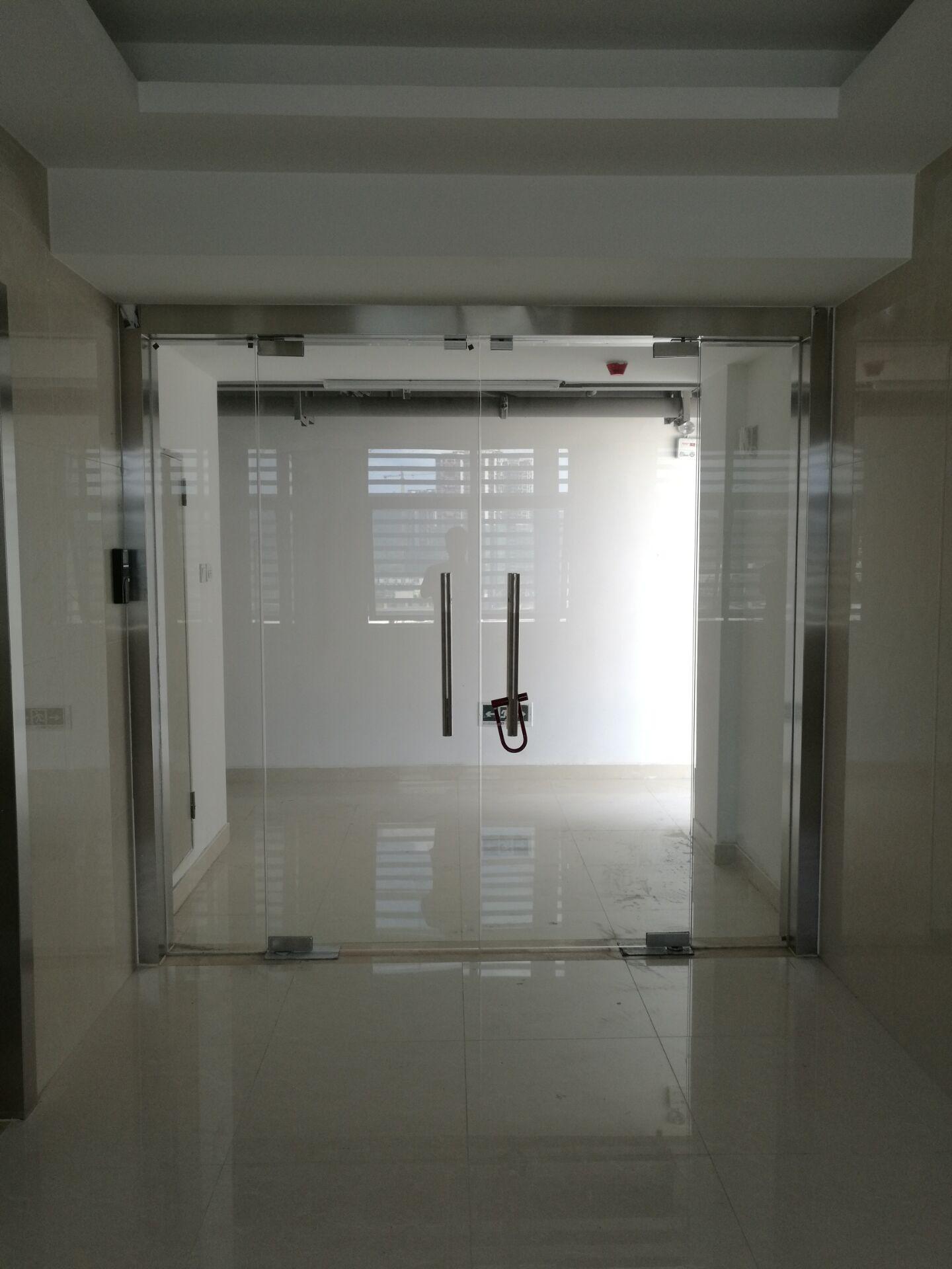 深圳市龙岗区大运新城园区开发有限公司门禁系统3套安装